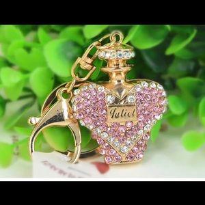 Jewelry - Crystal model key chain